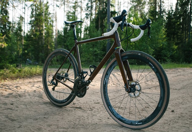 10 Best Hybrid Bikes for Men and Women 2020